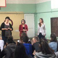 Среща на учениците с журналистите Мария Савкова от БТВ и Мария Милкова от Нова телевизия