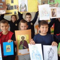Изложба на ученици от 3 клас в чест на патронния празник